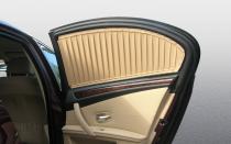 Шторки на передних окнах автомобиля
