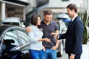 Где брать кредит на покупку автомобиля?